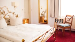 Relax in a room at the Hotel Laimer Hof
