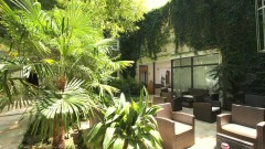 An oasis in town: the Boutiquehotel Stadthalle in Vienna