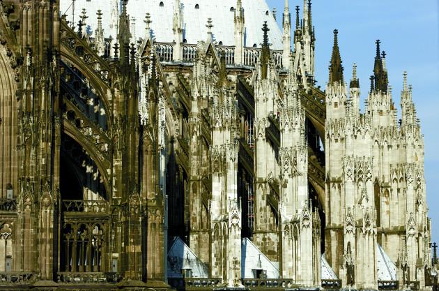 Der Dom ist die imposanteste aber nicht die einzige Sehenswürdigkeit in Köln.