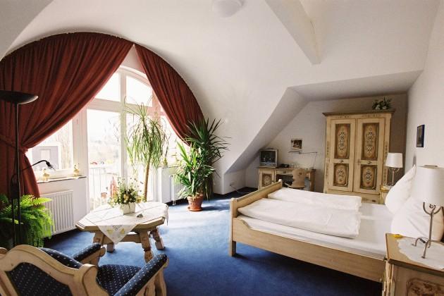 Stilvolle Zimmer im Hotel Restaurant Zur Post in Bonn