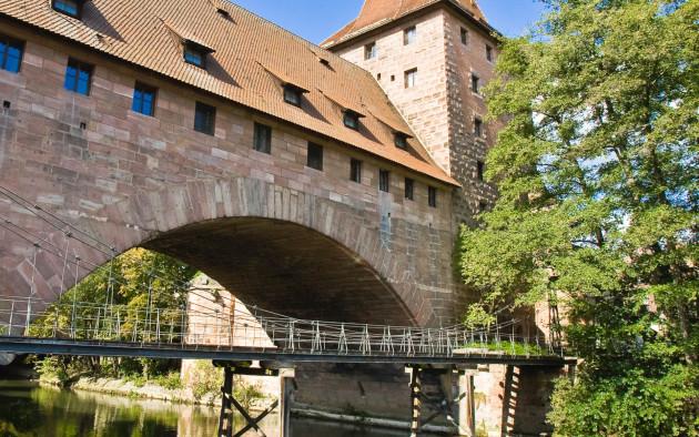 Der Kettensteg über die Pegnitz ist ein Meilenstein der Industriegeschichte und eine der bemerkenswertesten Brücken in Nürnberg.