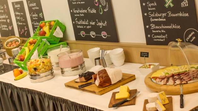Herrliches Frühstücksbuffet im Hotel Salzburger Hof in Salzburg