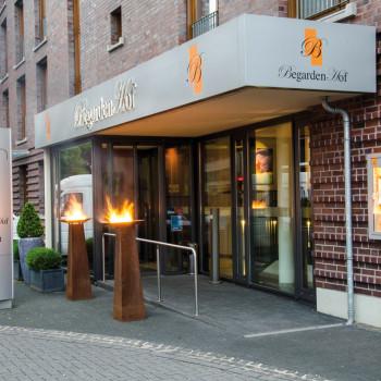 Eingang zum Hotel Begardenhof Köln