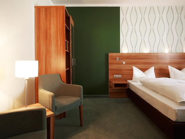 Geräumige Zimmer im Hotel Marienbad in Nürnberg