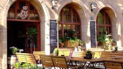 Gemütlicher Gastgarten beim Hotel PILLHOFER in Nürnberg