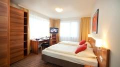 Viel Platz im Doppelzimmer im Hotel Astoria in Salzburg