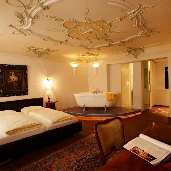 Luxeriöses Zimmer im Hotel Kasererbraeu in Salzburg